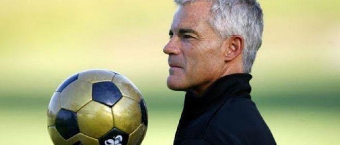 महिला फुटबल टोलीको प्रशिक्षकमा फिलिप्स नियुक्त