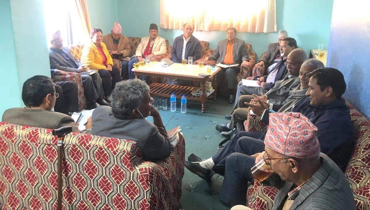 सम्भवतः माओवादीको भोलीको बैठकले समर्थन फिर्ताबारे निर्णय लिने छ